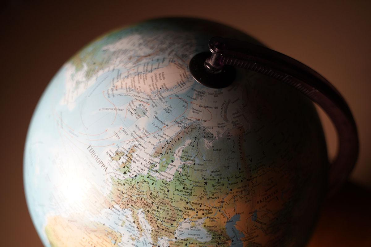 Maailma Venyy Ja Paukkuu Kartalla Maanmittauslaitos